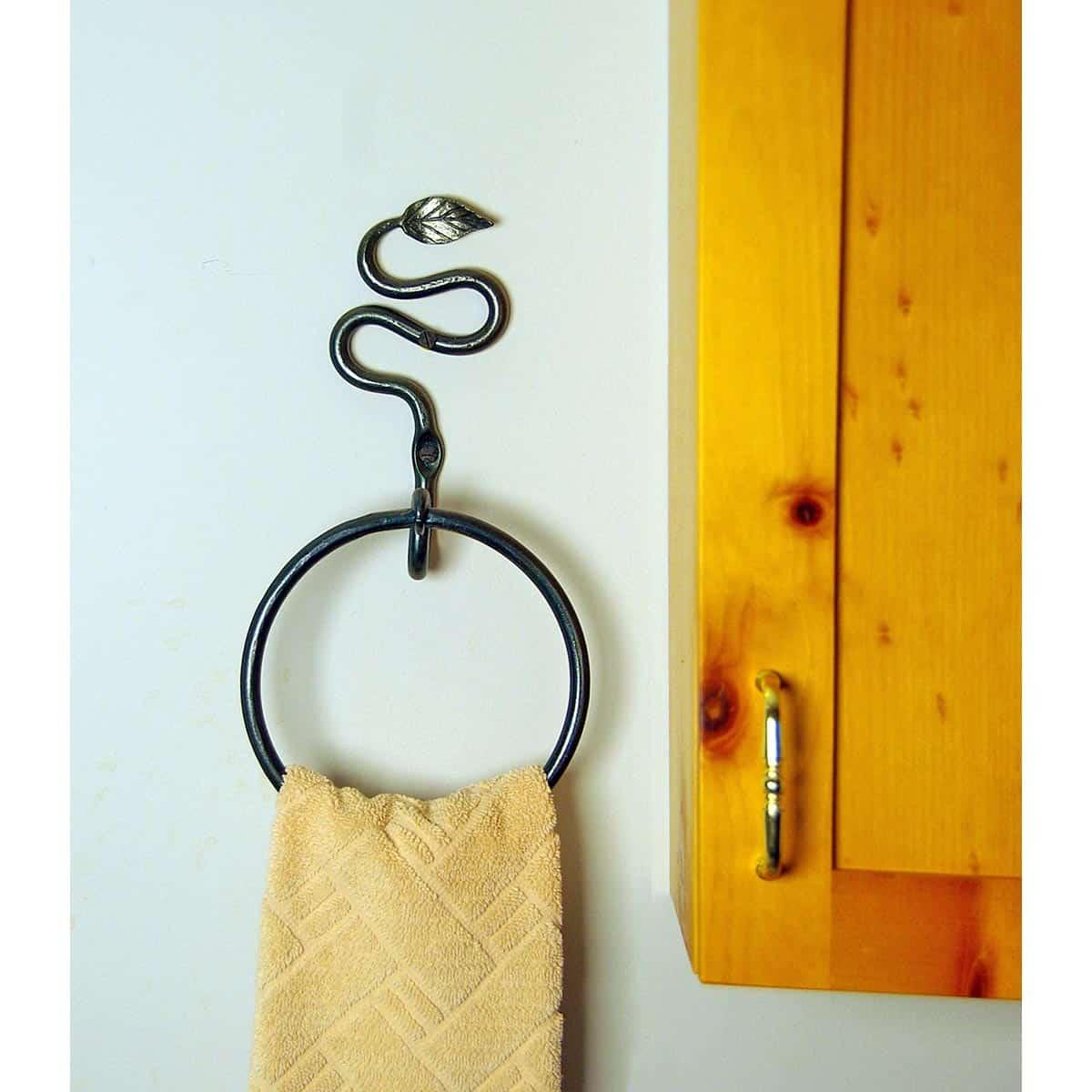 Leaf Towel Ring