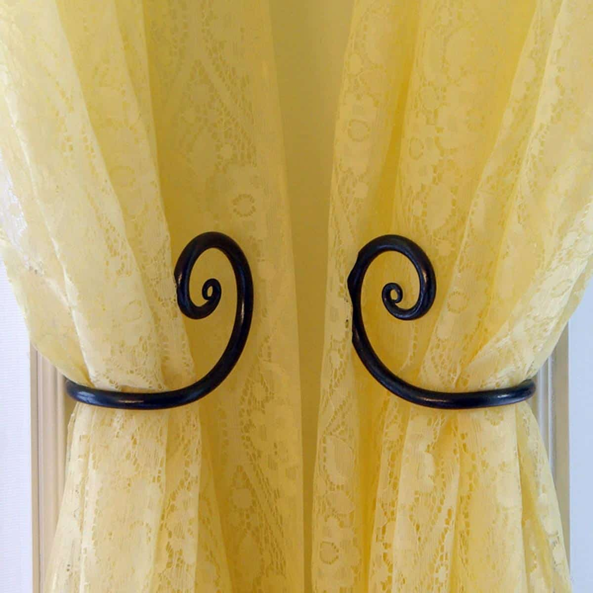 Curtain Tie Backs with Curl